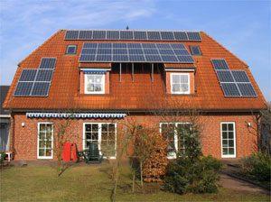 7,6 kWp netzeinspeisende solare Stromanlage Einbau: 2006 in Fockbek