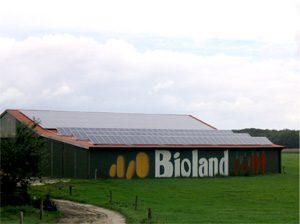 37 kWp netzeinspeisende solare Stromanlage Einbau: 2005 in Seedorf
